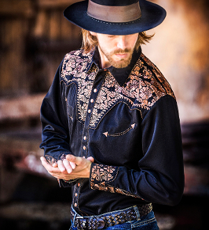 "This ""Big Iron Gunfighter"" Mens Scully Brown Embroidered Cowboy Shirt is a western favorite with the beautiful vintage smiley pockets and retro floral embroidered yoke complete with pearl snaps a great western cowboy shirt for men."