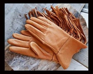 Show off your western style with these Wild Cowboy hand made deerskin leather fringe western gloves. Wear these smooth or suede leather gloves while riding your horse or working on the range because they fit.
