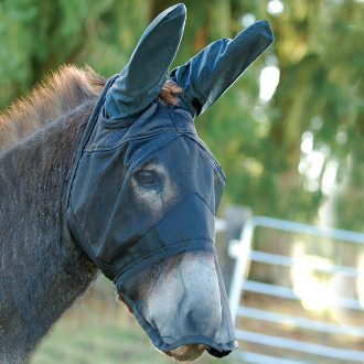 This Cashel Quiet Ride Long Mule Ears Horseback Riding Fly Mask is great to keep the bugs and flies out of your equines eyes and ears so you can focus on a great ride without the head tossing and irritation of bugs