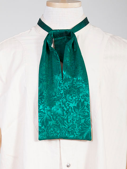 The Scully Hunter Green jacquard silk Puff Tie is a classic old frontier or old west look to it made with quality material in the USA with matching vests available.