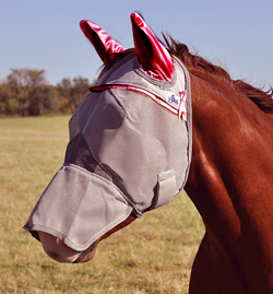 This Pink ribbon UV Rated Horse Fly Mask with Nose and Ears has all the benefits of the UV protection for your horse with covered nose and soft micro mesh nylon sleeves to protect the ears.