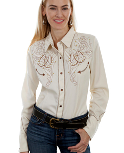 This Scully Womens Cream Embroidered Western Shirt is embroidered with two horse shoes that double your luck. Retro twisted piping and pearl snaps front and on the cuffs with smiley pockets and a large embroidered horse shoe back yoke.
